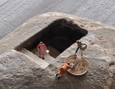Μικρογραφία σε πέτρα