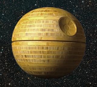 Death Star του Star Wars από μπαμπού